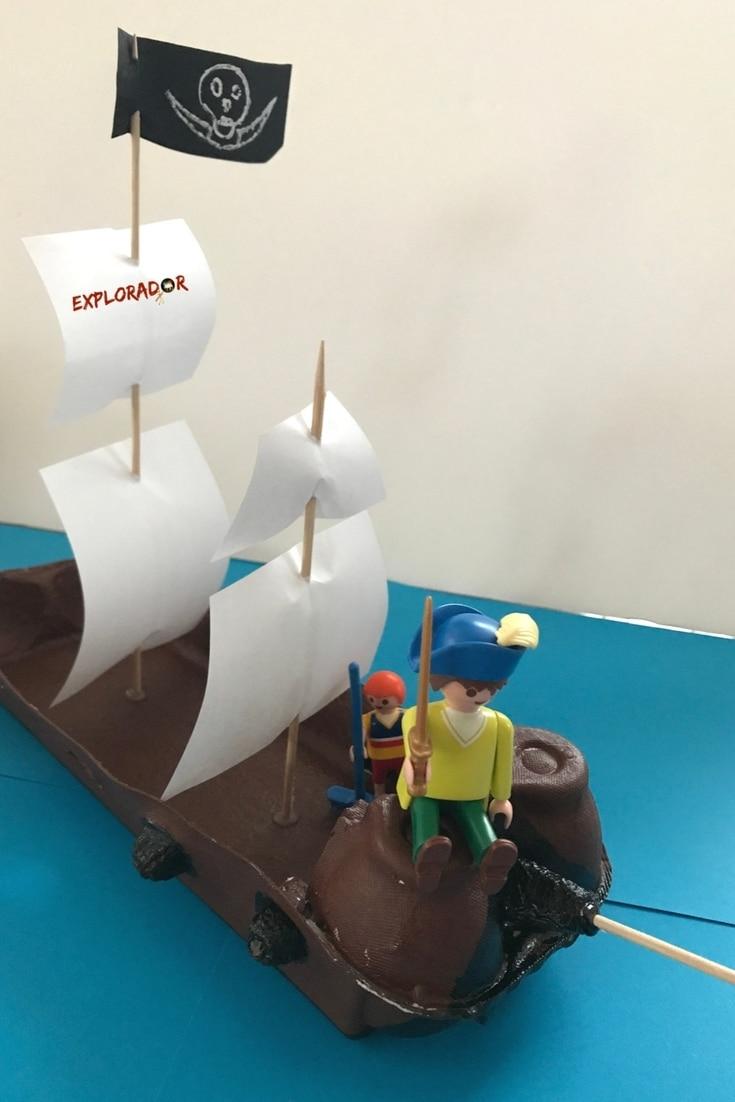 fabriquer bateau pirate activite boite oeufs