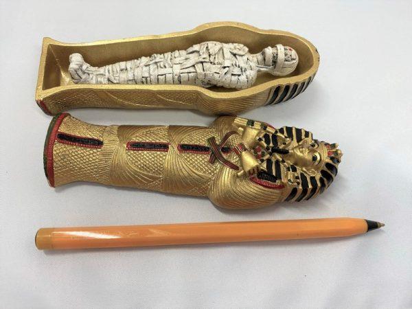 taille du cadeau egypte ancienne sarcophage momie