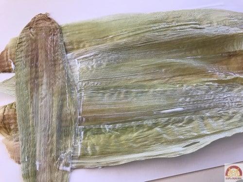 superposer-feuilles-pour-faire-du-papyrus