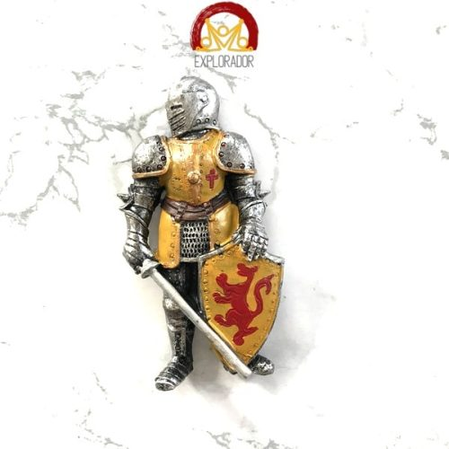 magnet chevalier armure or