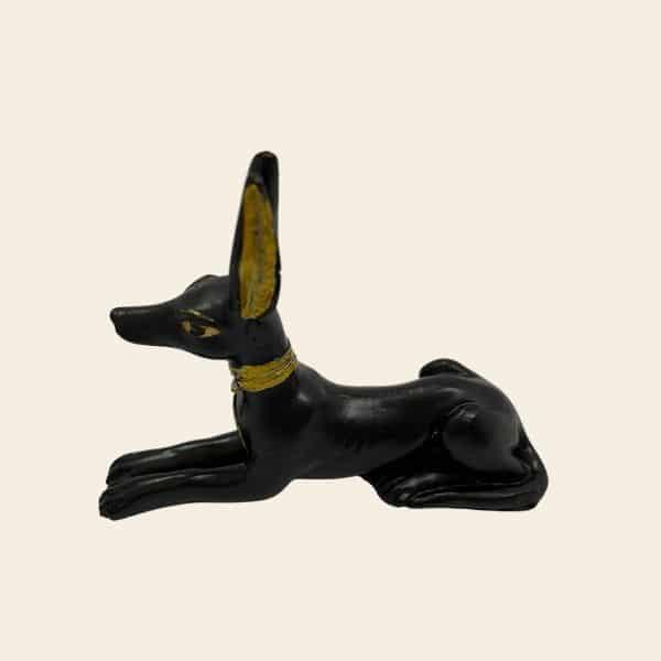 figurine chacal noir egypte ancienne